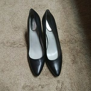 Business heels for everything!